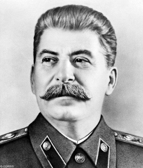 Sozialismus und Frieden oder Kapitalismus undKrieg